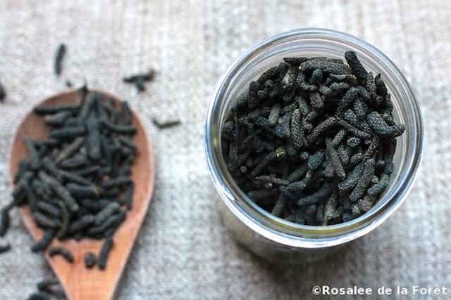 long black pepper